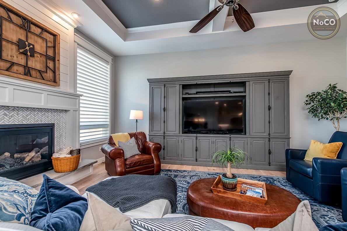 colorado custom home living room fireplace
