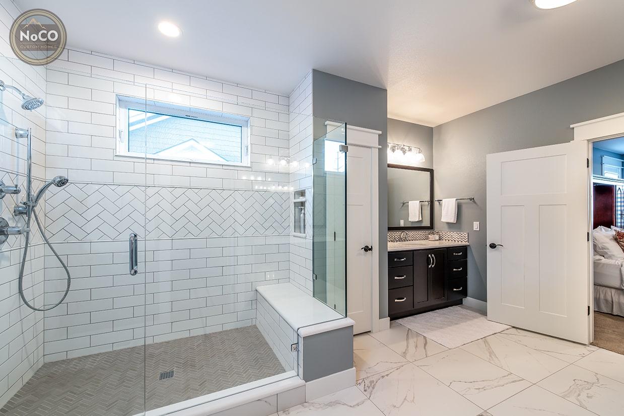 colorado custom home master bathroom shower