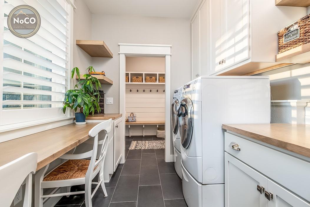 colorado custom home laundry room office