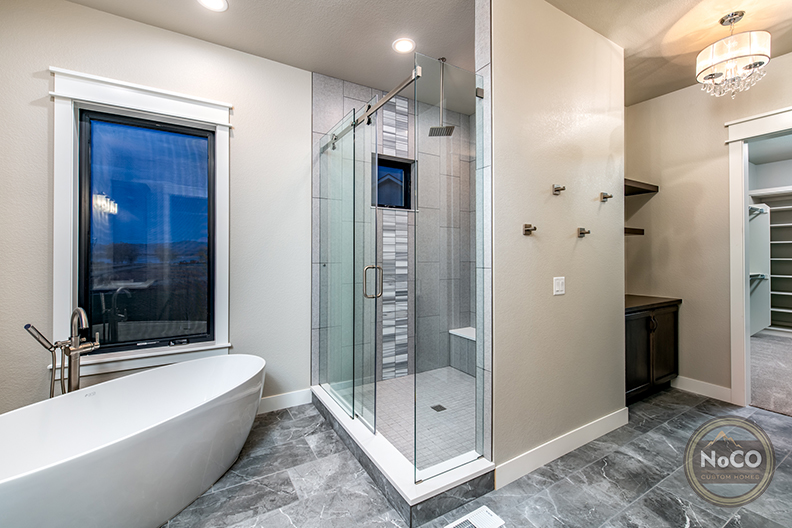 colorado custom home bathroom glass shower