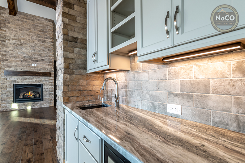 colorado custom home kitchen countertops backsplash