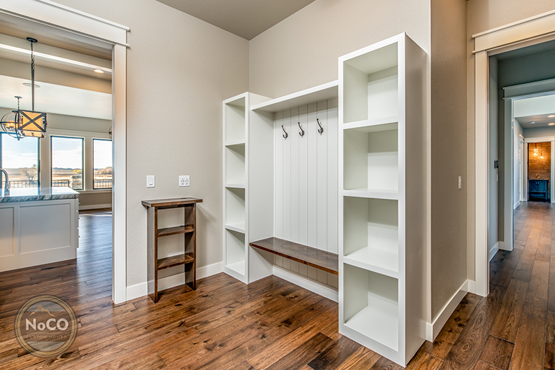 colorado custom home mudroom