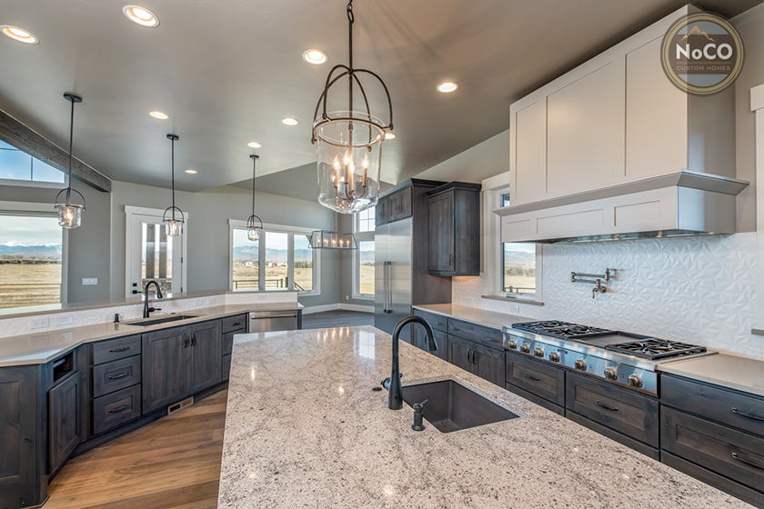 colorado custom home kitchen granite counters