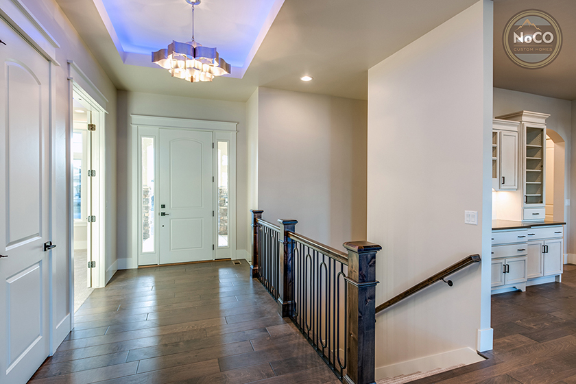 colorado custom home entryway