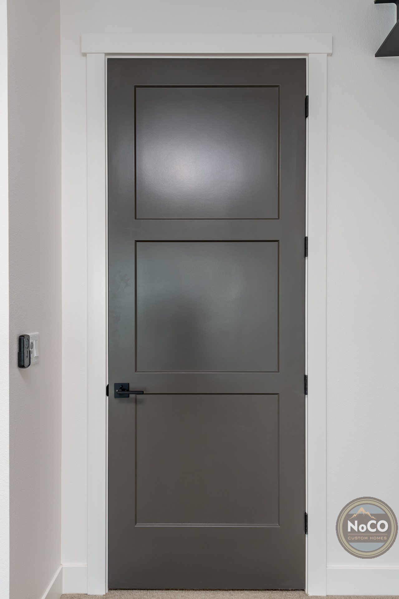 colorado custom home closet