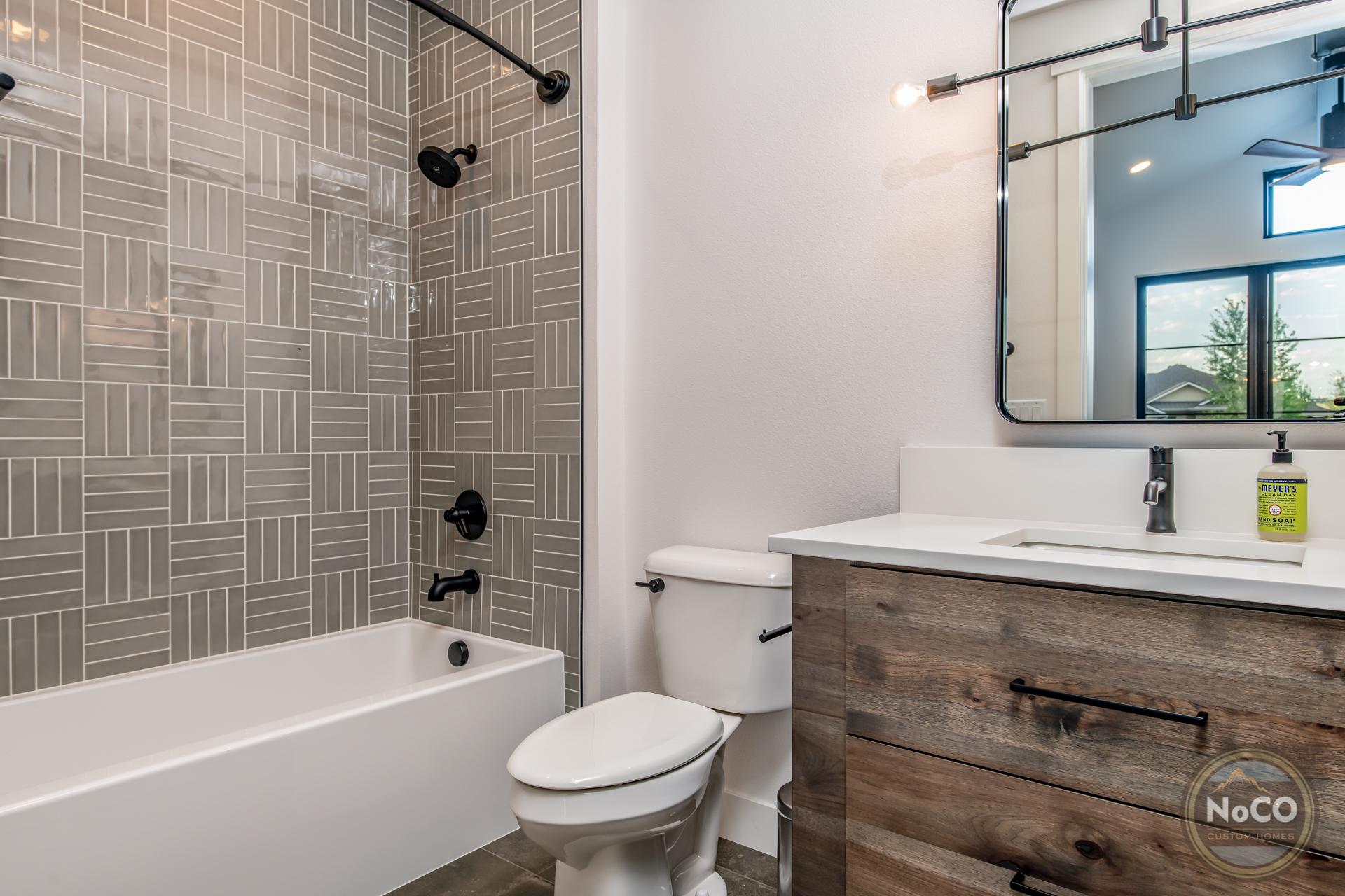 colorado custom home bathroom tile