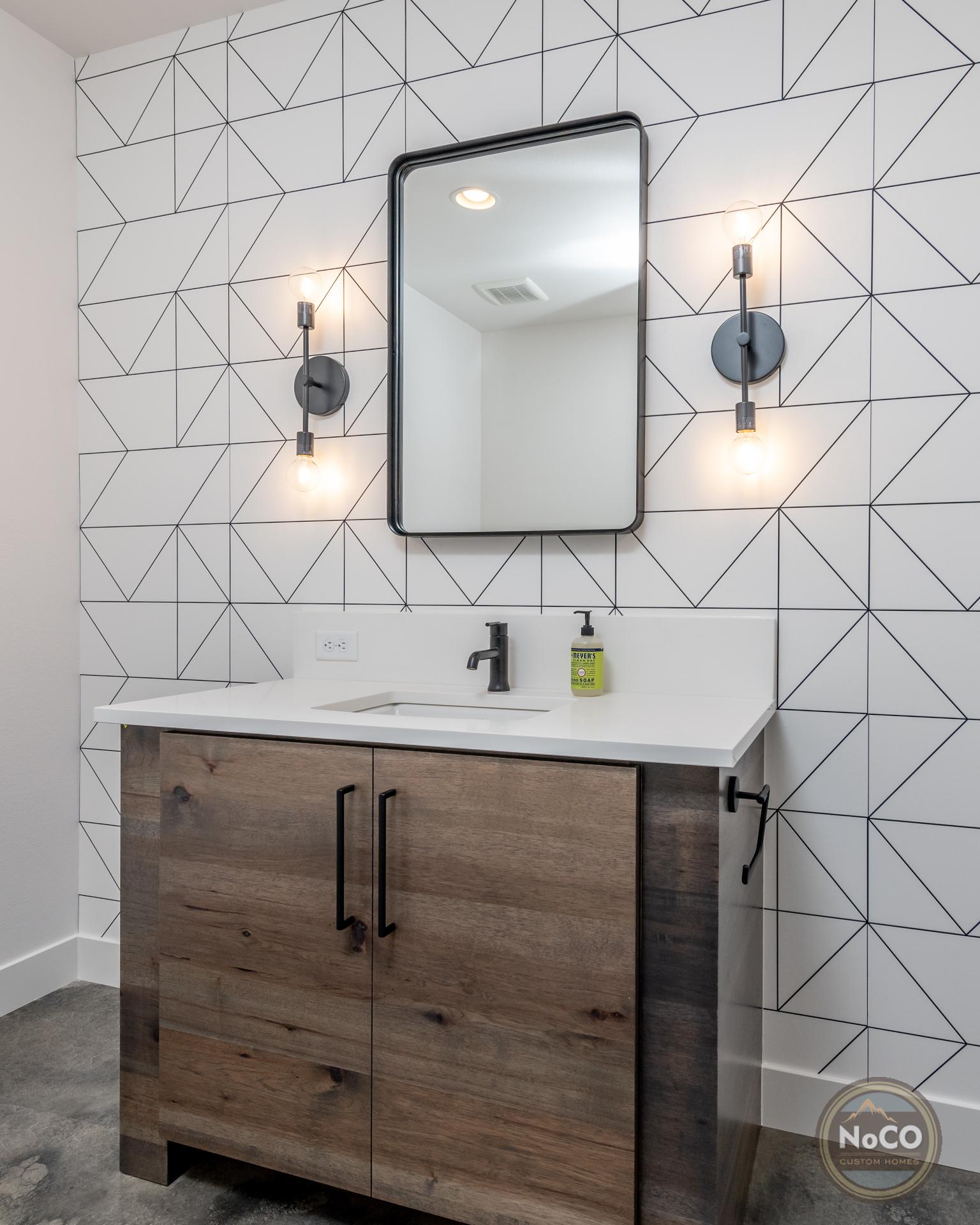 colorado custom home bathroom accent wall