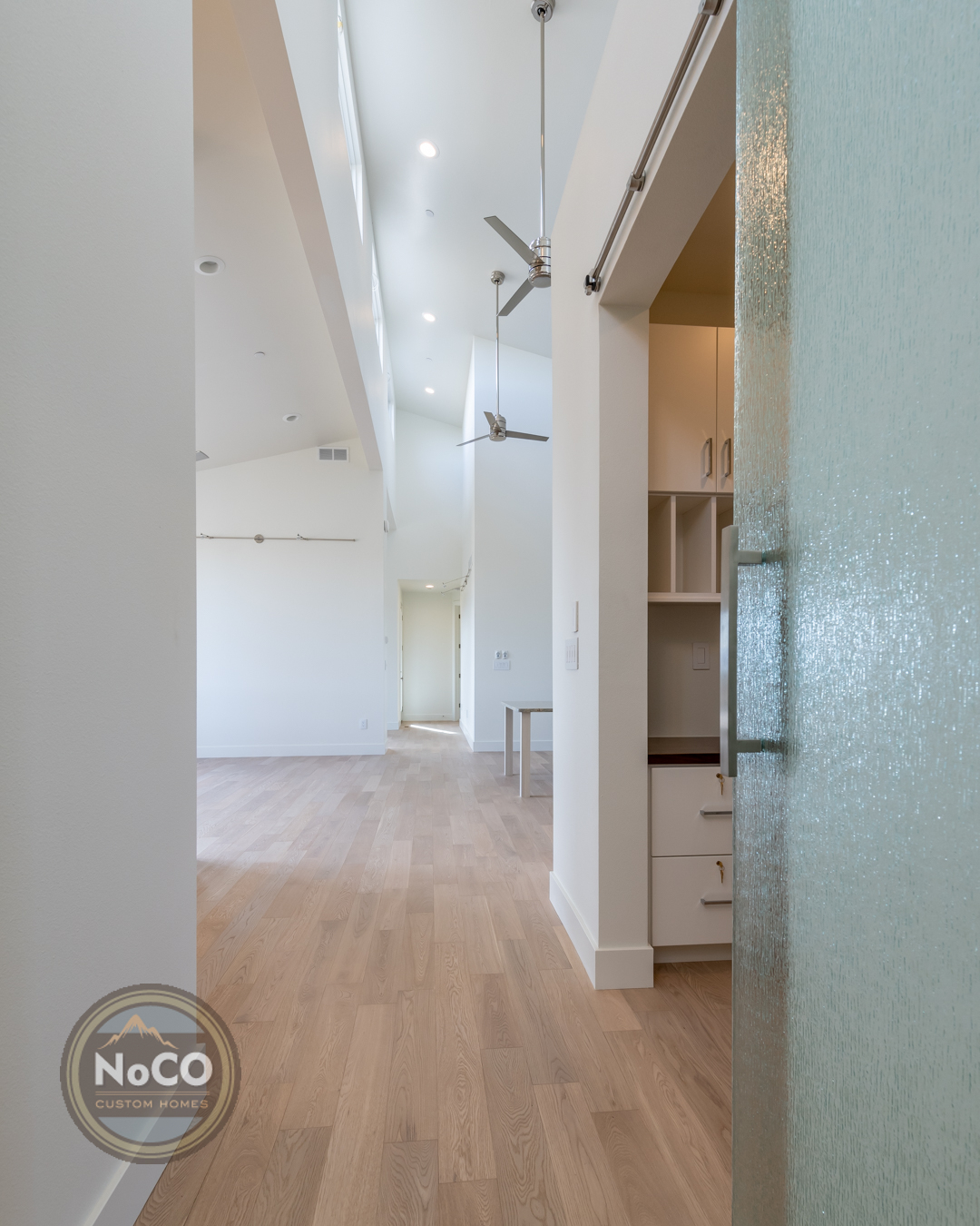 colorado custom home hallway