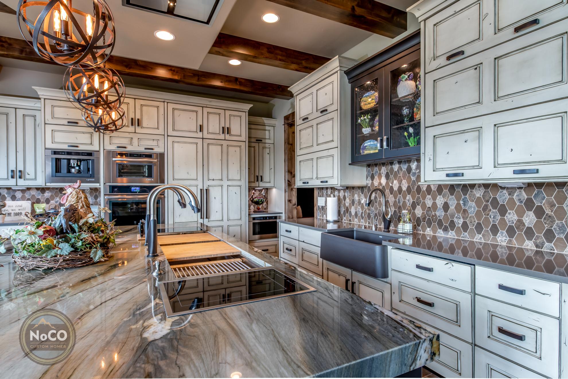 colorado custom home kitchen cabinets