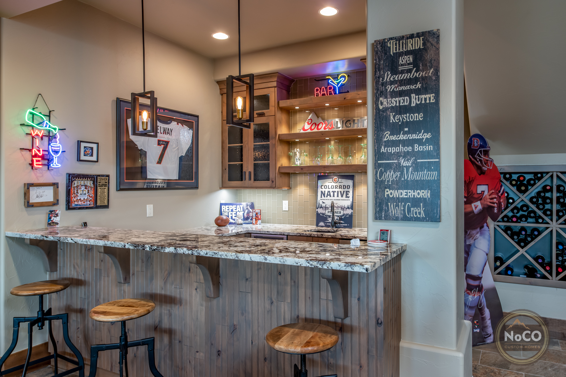 colorado custom home bar