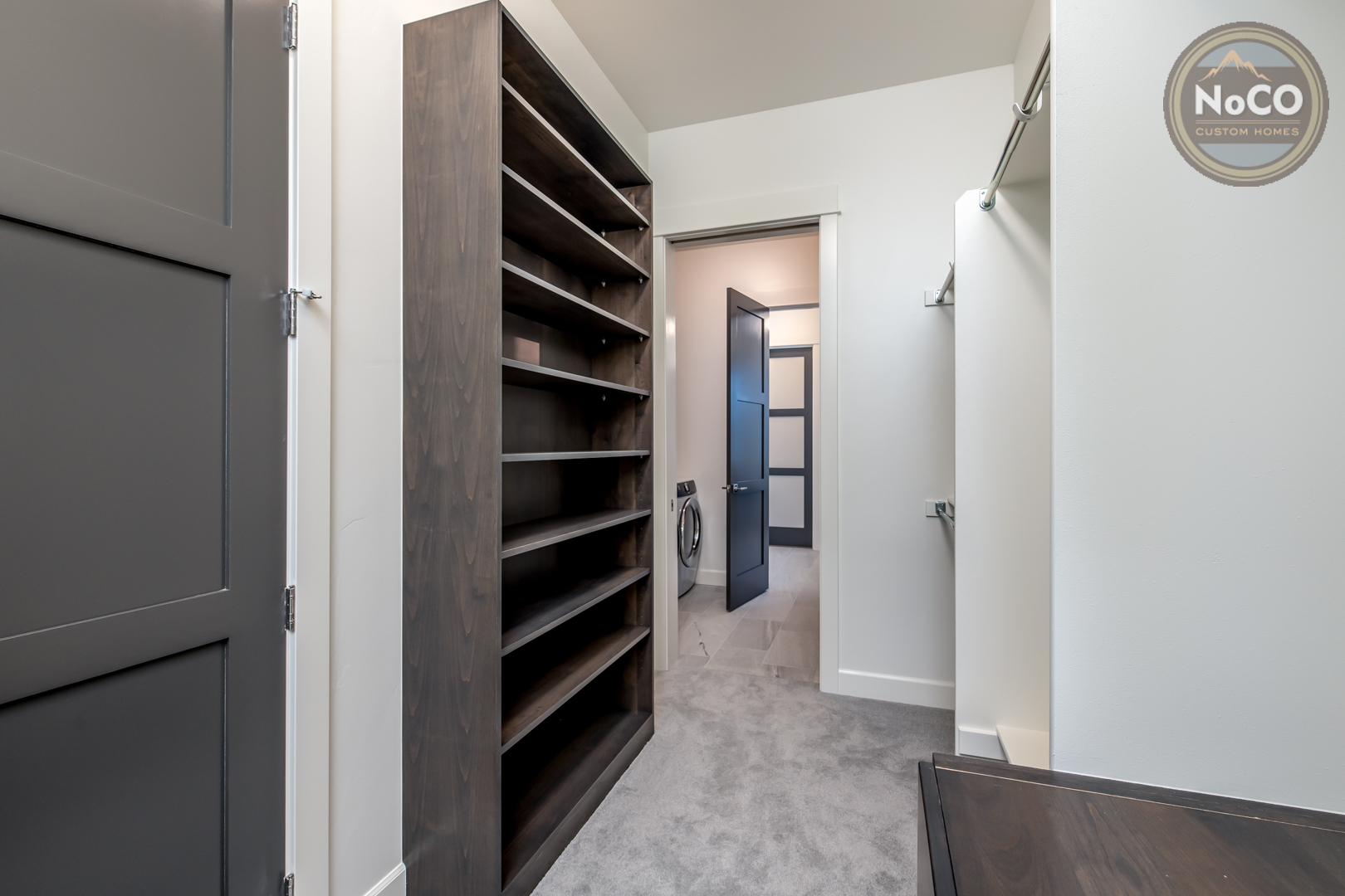 colorado custom home master bedroom closet