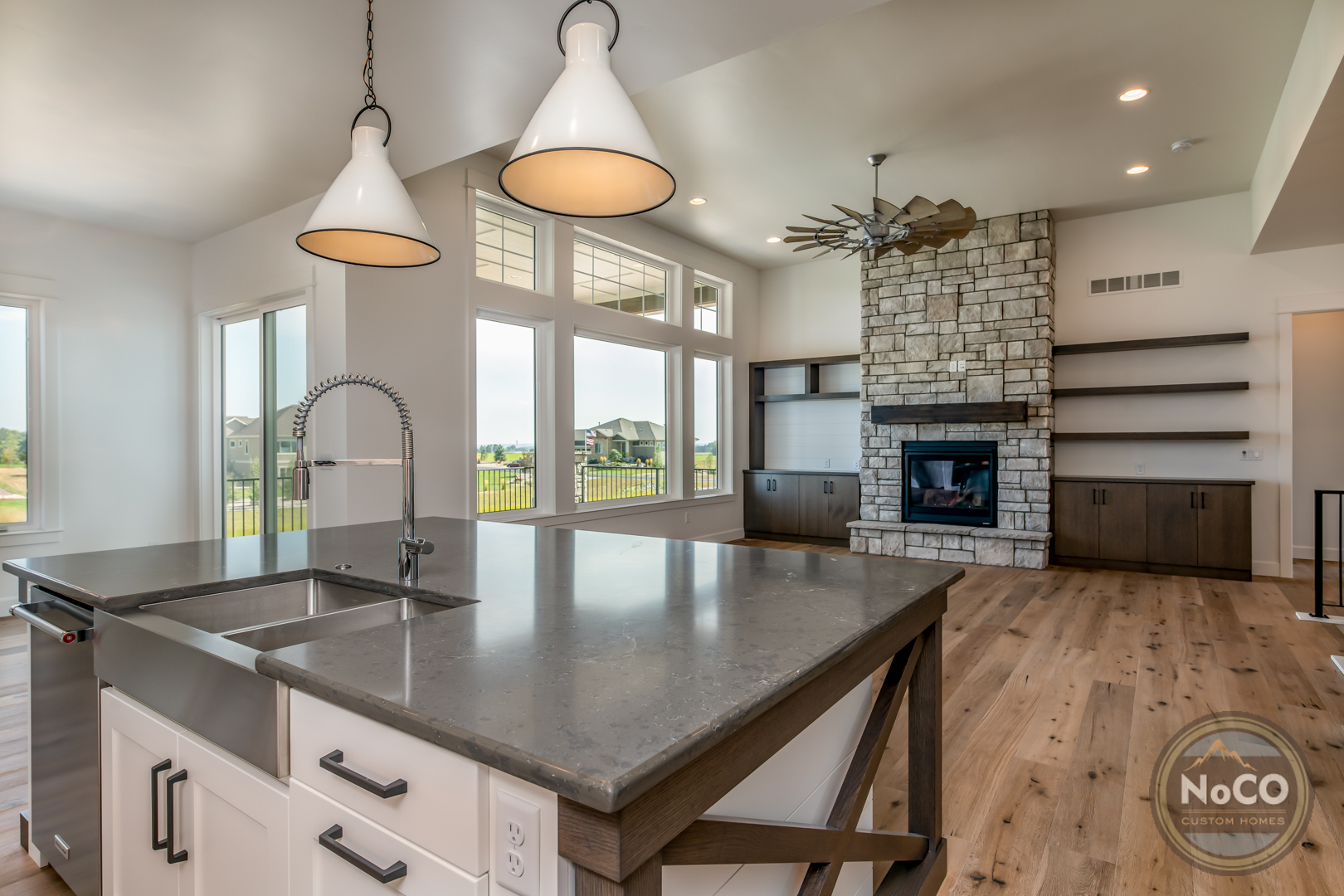 colorado custom home kitchen island