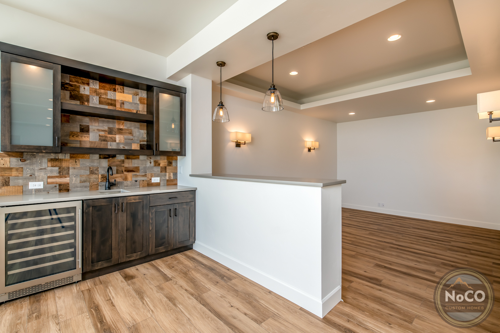 colorado custom home basement bar