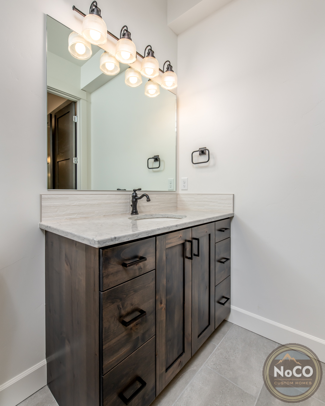 colorado custom home bathroom vanity