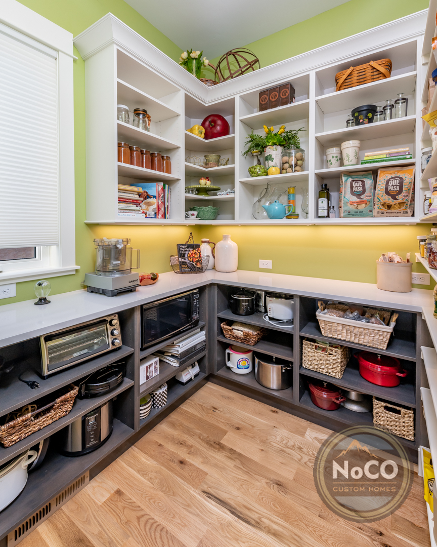 colorado custom home kitchen pantry