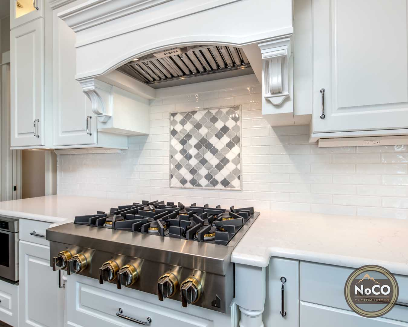 colorado custom home kitchen gas range