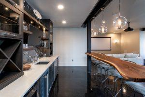 colorado custom home basement wet bar